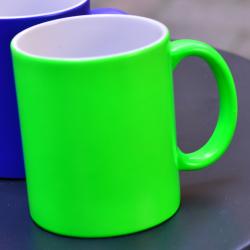 Kubek fluorescencyjny - zielony, matowy z własnym nadrukiem