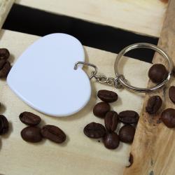 Brelok plastikowy w kształcie serca z własnym nadrukiem